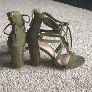 Guess by Marciano leather/suede heels